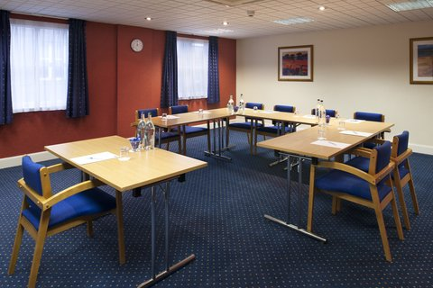 Holiday Inn Express Aberdeen City Centre - Ask about our all-inclusive meeting packages