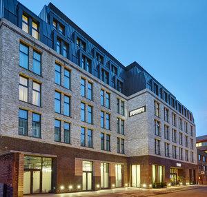 Staybridge Suites London- Vauxhall Exterior