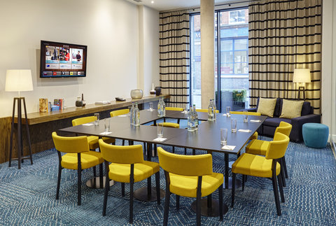 Staybridge Suites LONDON - VAUXHALL - The Den  meeting room set up