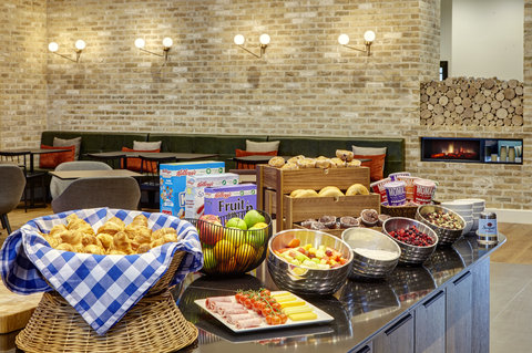 Staybridge Suites LONDON - VAUXHALL - Complimentary Breakfast