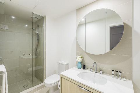 Oaks WRAP on Southbank - Bathroom