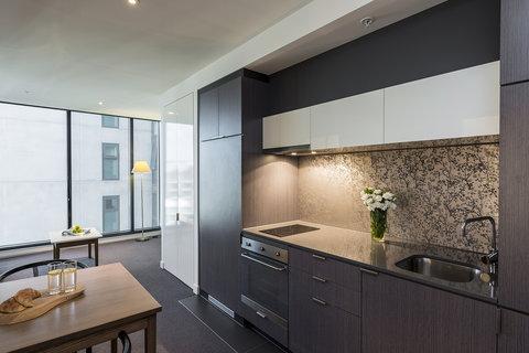 Oaks WRAP on Southbank - Studio Kitchen