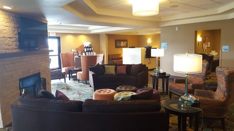 Holiday Inn Express & Suites Pocatello - Hotel Lobby