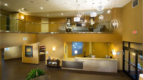 Holiday Inn Express & Suites Pocatello - Holiday Inn Express Lobby