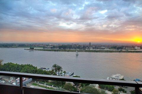هوليداي إن القاهرة المعادي - View from Room overlooking the Nile River