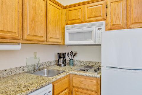 Staybridge Suites BROWNSVILLE - One Bedroom Suite kitchen