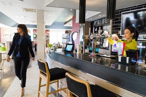 Holiday Inn Darlington North A1m - Lobby Bar
