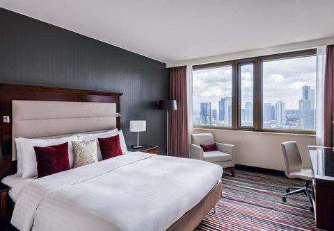 Frankfurt Marriott Hotel - King Guest Room - Skyline View