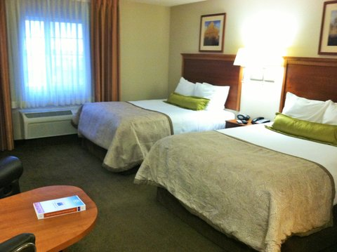 Candlewood Suites CHEYENNE - Our studio suite featuring 2 double beds