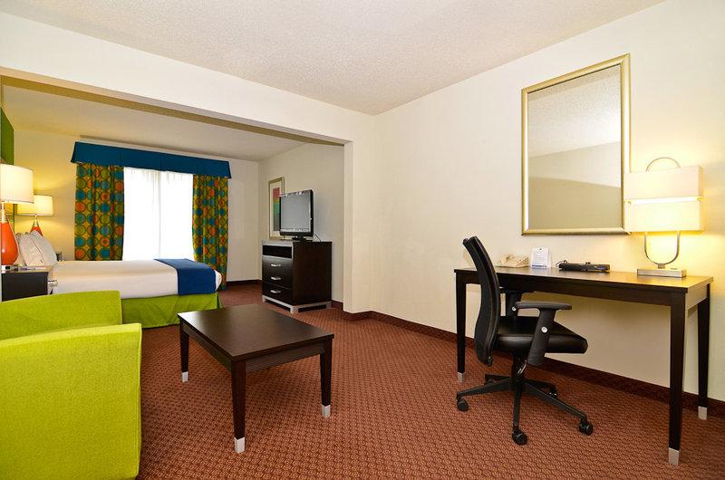 Holiday Inn Express ATLANTA NE - I-85 CLAIRMONT - Atlanta, GA