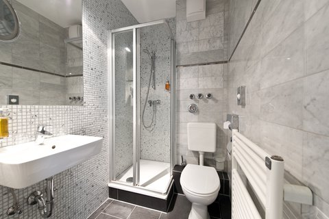 Alfa Hotel Berlin - Bathroom