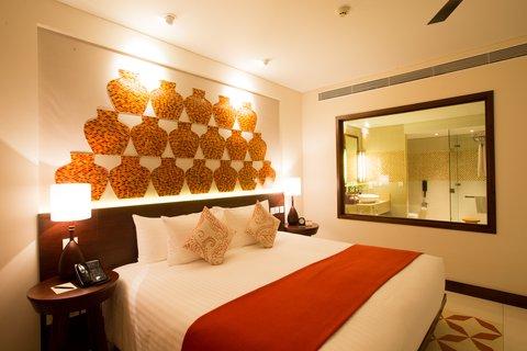 Salinda Premium Resort and Spa - Premium Deluxe Sea View Room at Salinda Resort