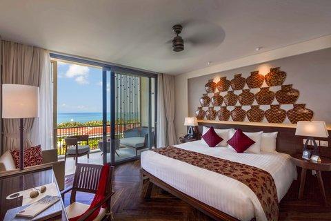 Salinda Premium Resort and Spa - Suite Sea View Room at Salinda Resort