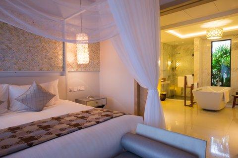 Salinda Premium Resort and Spa - Sea View Villa Suite Room at Salinda Resort