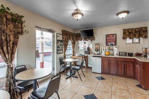 Econo Lodge Wenatchee - Breakfast