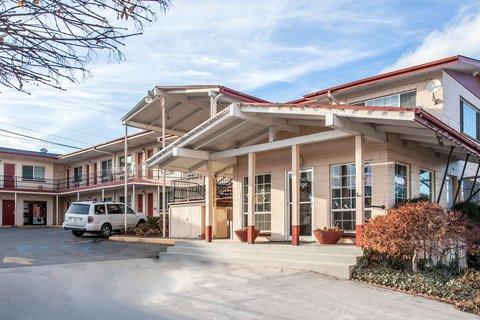 Econo Lodge Wenatchee - Exterior
