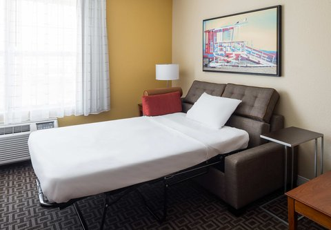 TownePlace Suites Los Angeles LAX/Manhattan Beach - Studio Suite with Sofa Bed