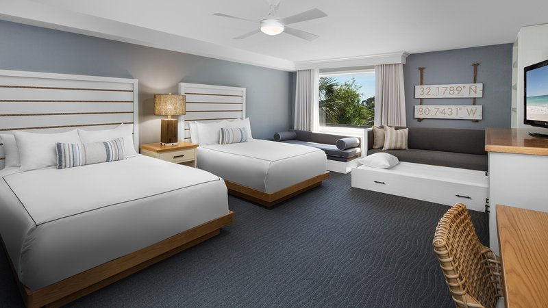Holiday Inn-Resort Beach House - Hilton Head Island, SC
