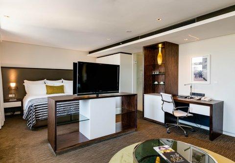 African Pride 15 on Orange Hotel - Two-Bedroom Suite - Main Bedroom