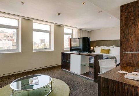 African Pride 15 on Orange Hotel - Two-Bedroom Suite - Main Bedroom City View