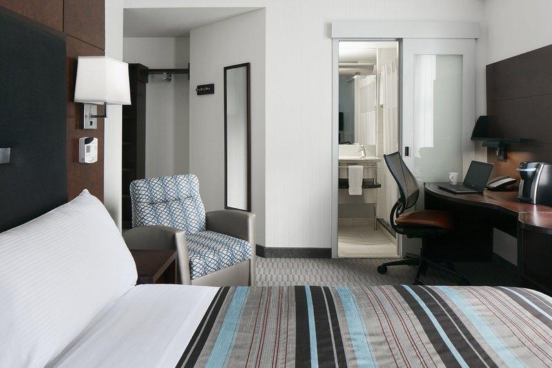 Club Quarters Hotel Midtown Ny Standard Room