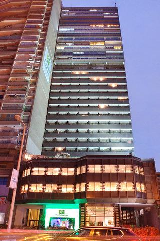 هوليداي إن القاهرة المعادي - Hotel Exterior
