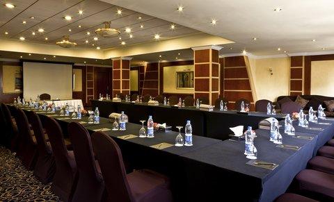 هوليداي إن القاهرة المعادي - Luxor Meeting Room