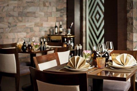 هوليداي إن القاهرة المعادي - Little Italy Restaurant