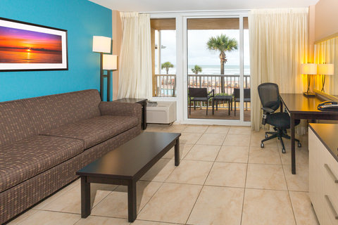 Holiday Inn Resort DAYTONA BEACH OCEANFRONT - King Oceanfront Suite Living Area Facing Atlantic Ocean