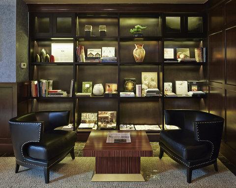The Jade Hotel Greenwich Village - Maker Library