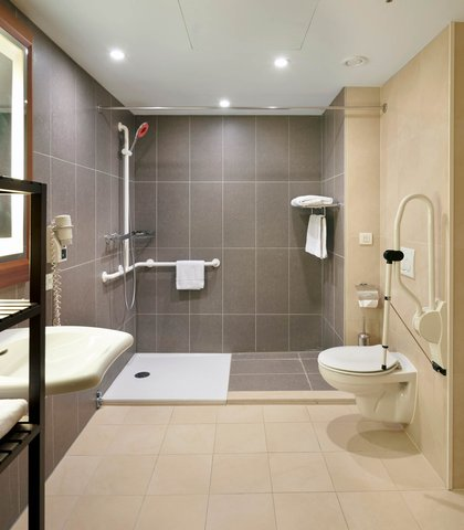 根特万豪酒店 - Accessible Guest Room Bathroom