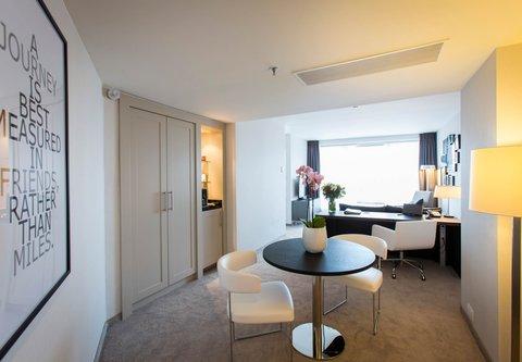 根特万豪酒店 - Senior Suite - Dining Area