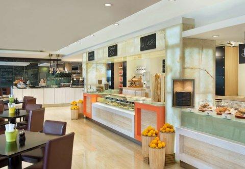 فندق ماريوت هاربر دبي - Counter Culture Caf  - Self Service Counter