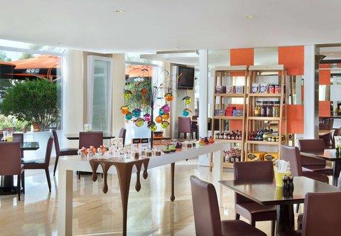 فندق ماريوت هاربر دبي - Counter Culture Caf  - Dining Area
