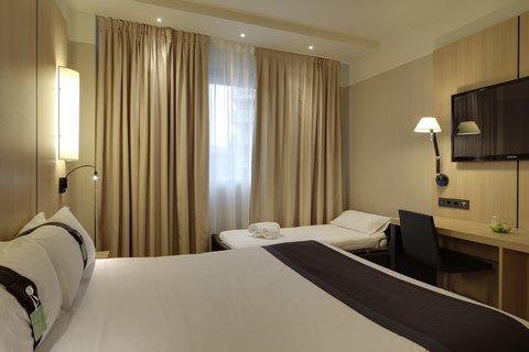 Holiday Inn BILBAO - Sleeper Sofa