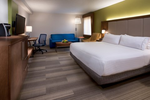 Holiday Inn Express NASHVILLE AIRPORT - Newly Renovated Corner King Guest Room