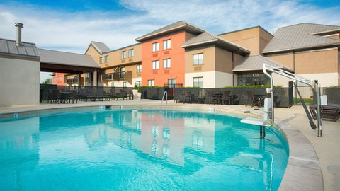 Holiday Inn Express NASHVILLE AIRPORT - Hotel Outdoor Seasonal Pool