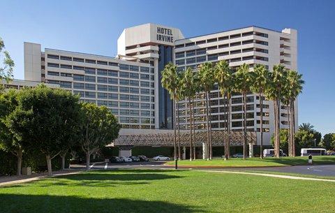 Hotel Irvine Jamboree Center - Exterior