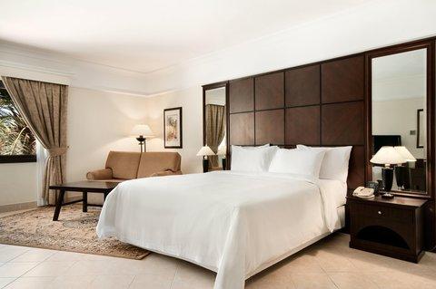 هيلتون العين - One Bedroom Apartment Villa