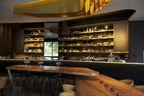Hilton Adelaide - The Collins Bar