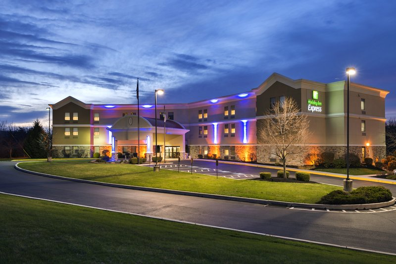 HOLIDAY INN EXP NE HARRISBURG