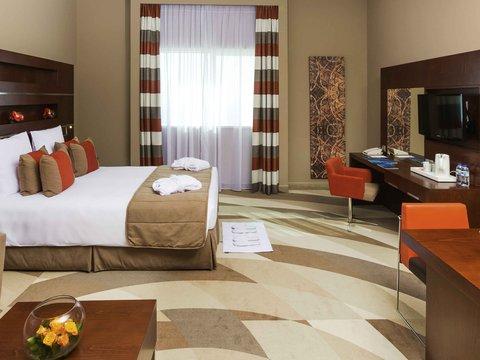 فندق نوفوتيل البرشا - Exterior