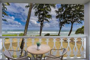 Room - Aston Islander on the Beach Hotel Kapaa
