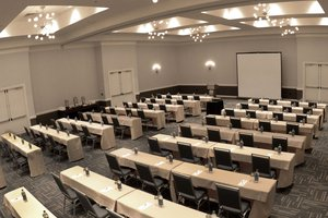The Lakes Ballroom can be divided in to 4 sections
