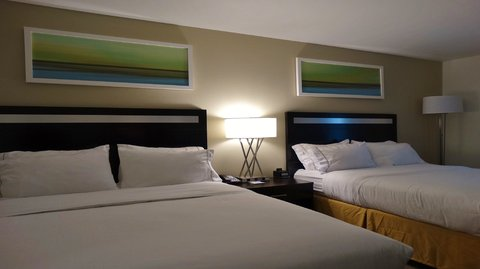 Holiday Inn Express & Suites MONTGOMERY - Queen Bed Guest Room