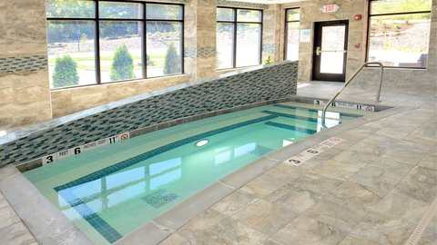 Holiday Inn Express & Suites Geneva Finger Lakes - Come and warm up in our hot tub after an HWS Hockey Game
