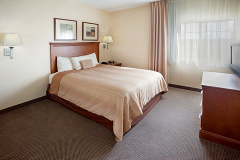 Candlewood Suites Corpus Christi - Spid Hotel - Queen Bed Guest Room