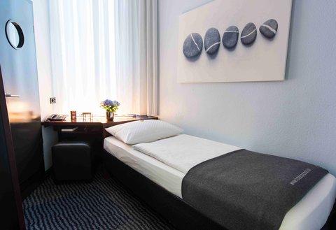 康科德酒店 - Room4