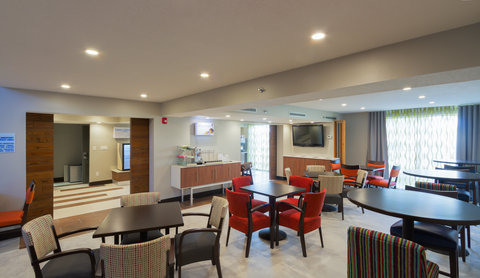 Holiday Inn Express & Suites SAN ANTONIO EAST - I10 - Breakfast area and Coffee Station