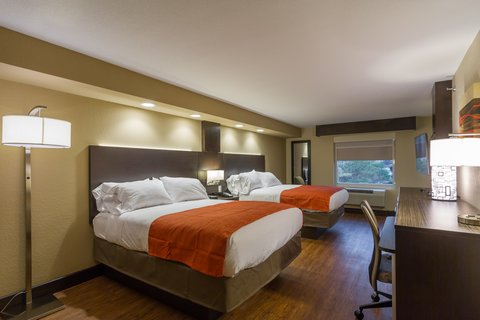 Holiday Inn Express & Suites SAN ANTONIO EAST - I10 - Two Queen Beds